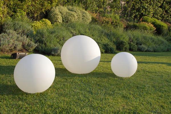 Vaso luminoso globo led multicolor sfera 80 cm piscina for Luci tubolari a led