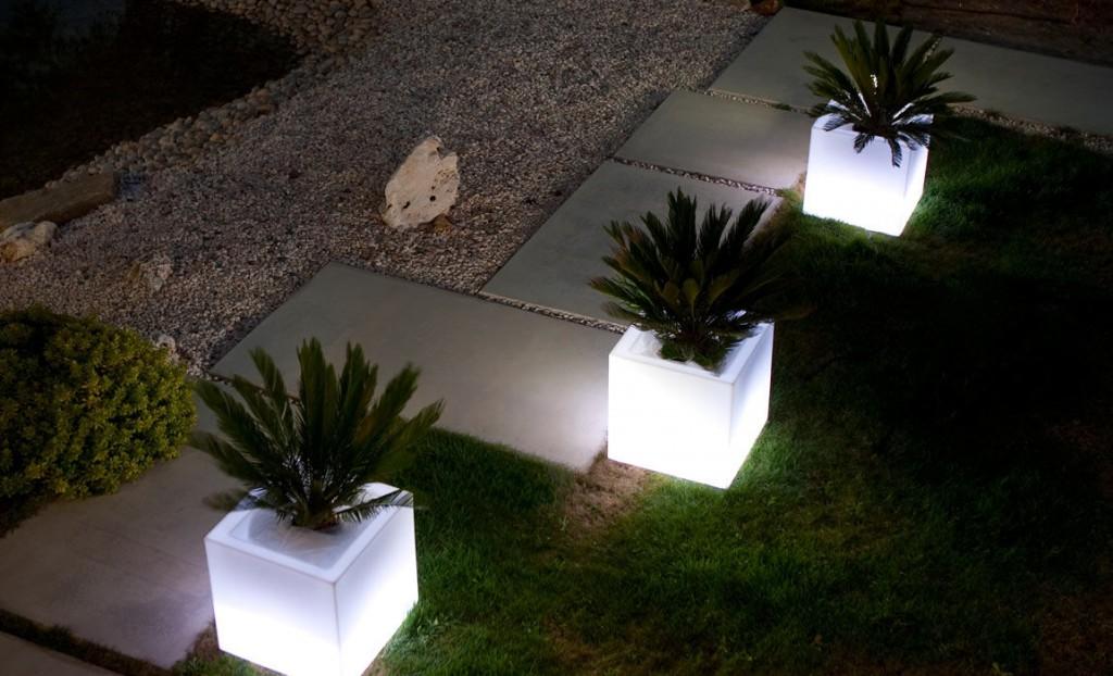 Vaso Luminoso Cubo cm 40x40 cm - Piscina & Giardino Shop
