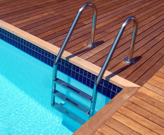 Scaletta per piscina interrata 4 gradini piscina for Piscina acciaio