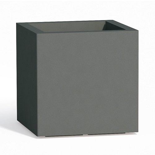 vaso fioriera cubo in resina quadrato