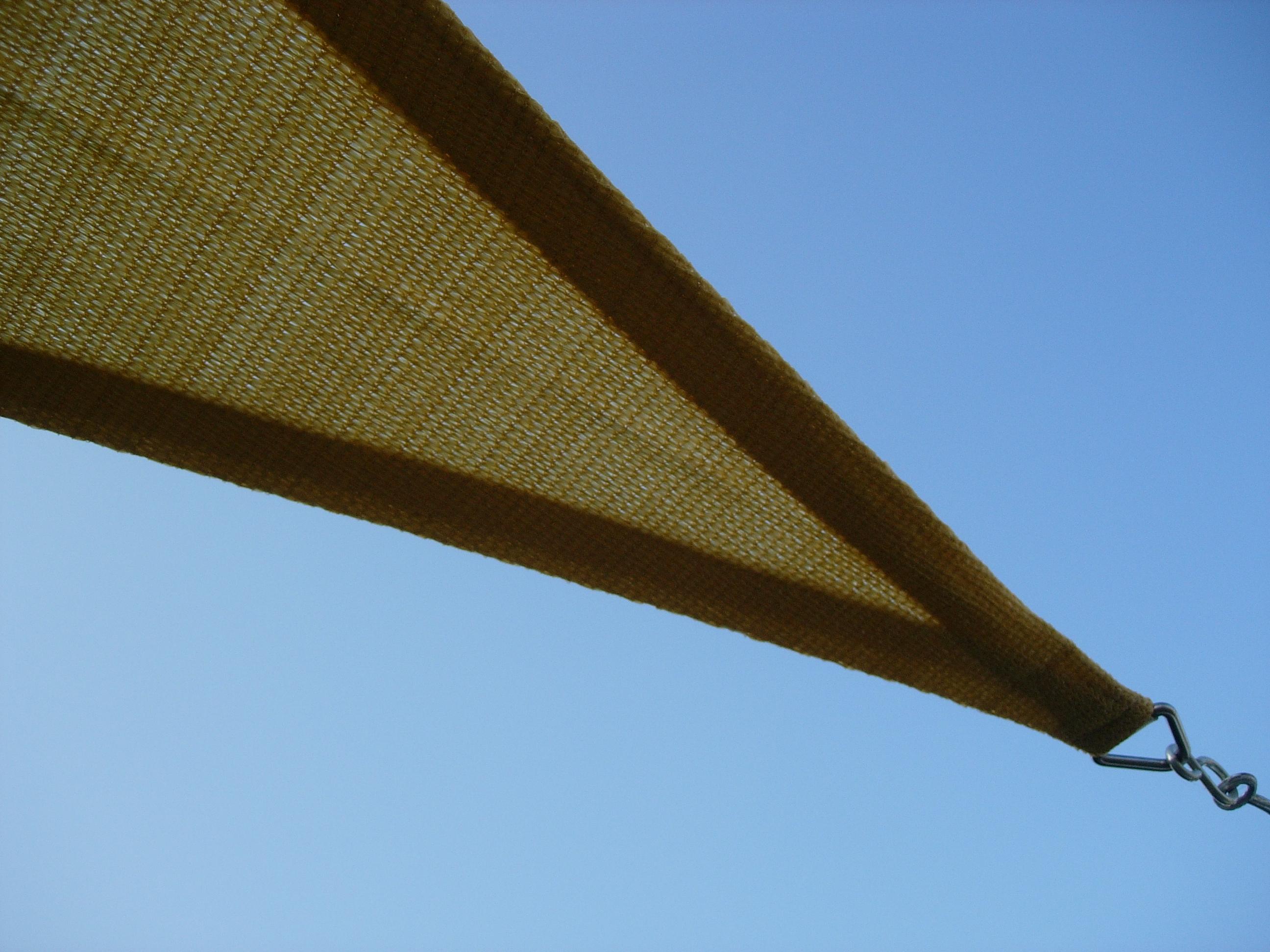 Vela Triangolare Da Giardino vela tenda ombreggiante triangolare tessuto colore beige mt. 3,60 x 3,60 x  3,60 mt.
