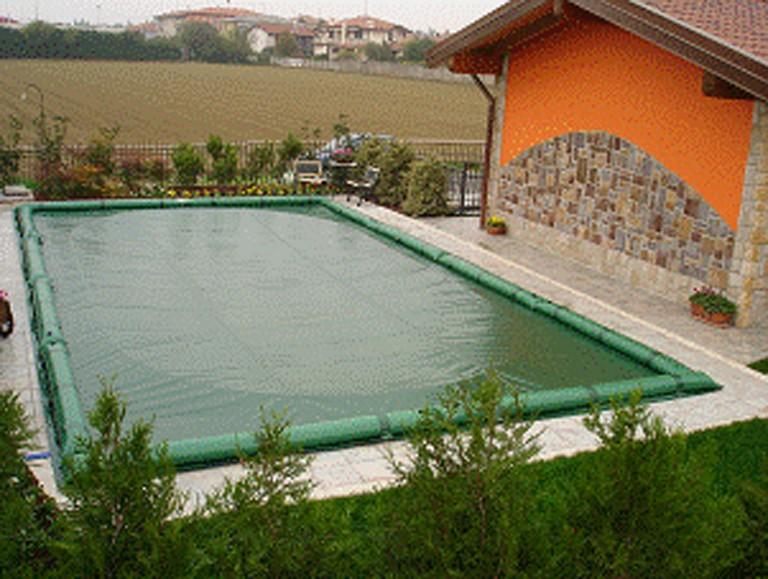 Telo copertura invernale piscina con tubolari in pvc mt 4 for Copertura invernale piscina gre